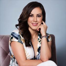 Dra. Lorena López Águila , Medicina Clínica Estética Facial