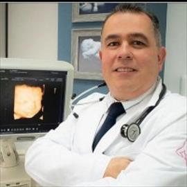 Dr. Freddy  Silva Andrade, Ginecología y Obstetricia