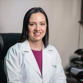Dra. María Elizabeth Heras Crespo, Ginecología y Obstetricia