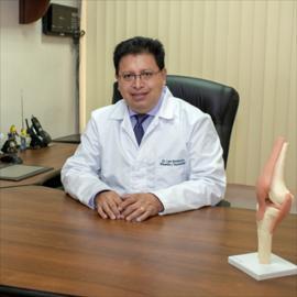 Dr. Luis Santamaría, Ortopedia y Traumatología
