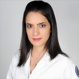 Dra. María  Cristina Chediak Terán, Nefrología