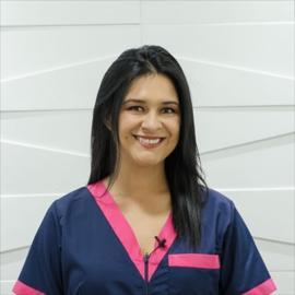 Dra. Daniela Proaño, Rehabilitación Oral