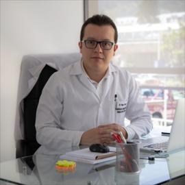 Dr. Diego Vivar, Ortopedia y Traumatología
