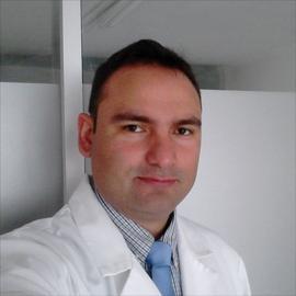 Dr. Carlos Eduardo  Finol  Cabrera , Odontología