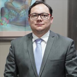 Dr. Pablo Iñiguez, Cirugía Plástica Estética y Reconstructiva