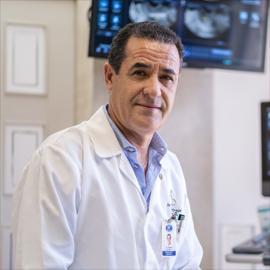 Dr. Gustavo  Arízaga Robalino, Ginecología y Obstetricia