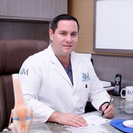 Dr. Luis  Moreira , Ortopedia y Traumatología