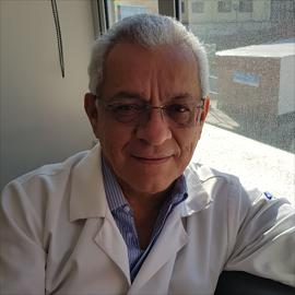 Dr. César Augusto Prócel Ramirez, Medicina Interna