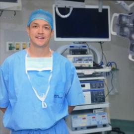Dr. Ismael  Escandon Zambrano, Ginecología y obstetricia