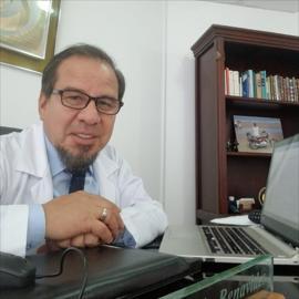 Dr. Patricio  Benavides Endara, Psiquiatría