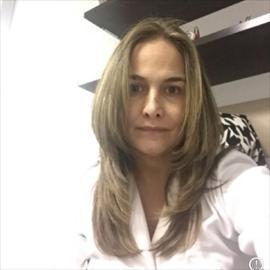 Dra. Gladys  Torres Guerrero, Oftalmología