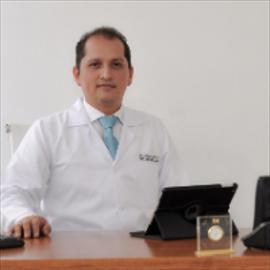 Dr. Germán  Cabrera, Cirugía Vascular