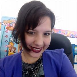 Dra. Andrea  Romero Velasquez, Pediatría