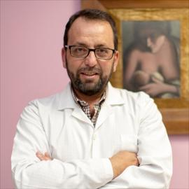 Dr. René Calle Cevallos, Ginecología