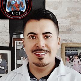 Dr. Santiago Cruz, Medicina Interna