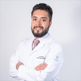 Dr. César Briceño, Cirugía Vascular