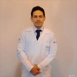 Dr. Leonardo Flavio Guerron Olalla, Medicina Interna
