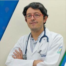 Dr. Patricio  Trujillo Salazar, Nefrología