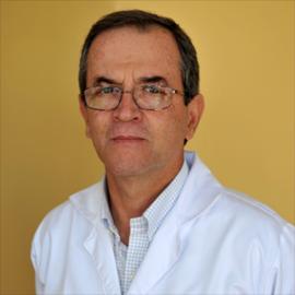 Dr. Mauricio  Corral Morán, Ginecología