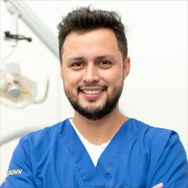 Dr. José Luis Domínguez, Odontología