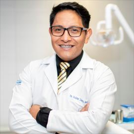 Dr. Rubén Guachamín, Odontología