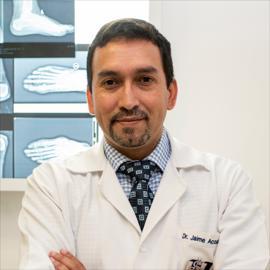 Dr. Jaime Acosta, Ortopedia y Traumatología