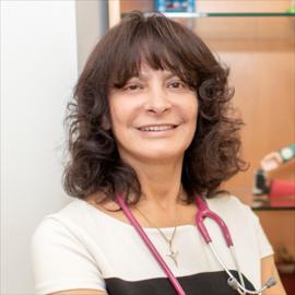 Dra. Gladys Pazmiño, Pediatría