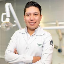 Dr. Alejandro Vaca, Cirugía Oral