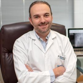 Dr. Eduardo  Noboa Freile, Ortopedia y Traumatología