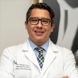 Dr. Santiago Xavier Vega Ramírez, Cirugía Plástica Estética y Reconstructiva