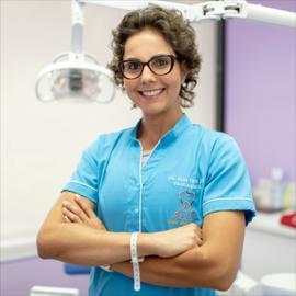 Dra. Diana  Viteri Noel, Odontopediatría