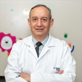 Dr. Francisco Bayas, Pediatría