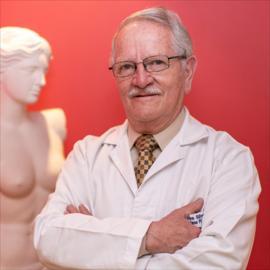 Dr. John  Silvers Espinosa, Cirugía Plástica Estética y Reconstructiva