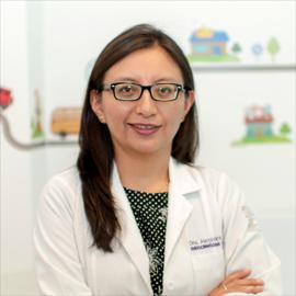 Dra. Alexandra Vimos, Endocrinología Pediátrica