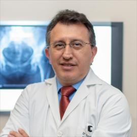 Dr. Esteban Garcés, Ortopedia y Traumatología