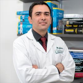 Dr. Fernando  Ferreira, Medicina del Deporte
