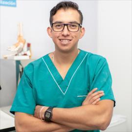 Dr. Iván   Pérez Gualotuña, Podología