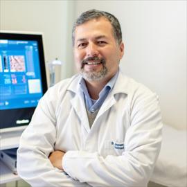 Dr. Jaysoom Abarca Ruiz, Gastroenterología