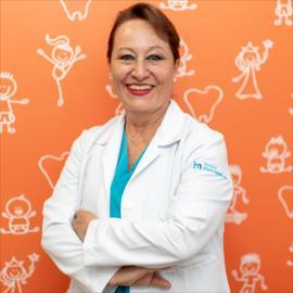 Dra. Elena Aillón, Odontopediatría
