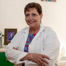 Dra. María del Carmen  Pérez Dávalos, Pediatría