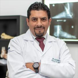 Dr. Alexander  Soto Toledo, Cirugía de Pie y Tobillo
