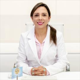 Dra. Cindy Burbano, Dermatología