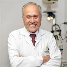 Dr. Augusto Gabela, Oftalmología