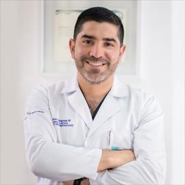 Dr. Pablo Javier Salamea Molina, Cirugía Plástica Estética y Reconstructiva