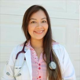 Dra. Iveth Sanchez, Medicina General