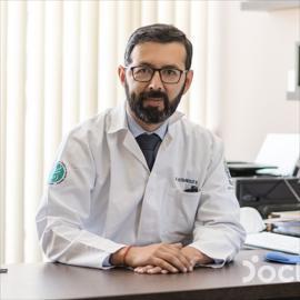 Dr. Esteban González, Gastroenterología