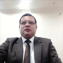 Dr. Diego  Fernando Larrea Betancourt, Ginecología