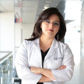 Dra. María Elena Urresta, Nefrología