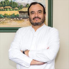 Dr. José  Romero Molina, Dermatología