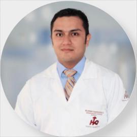 Dr. Byron Campoverde, Gastroenterología Pediátrica